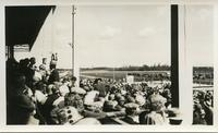 [Crowd at Condeferation Day 1927]