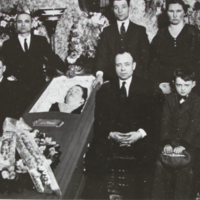 A funeral (Connected with the Aron Beres Family)