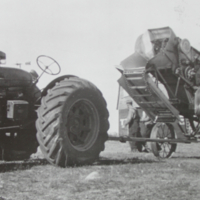 Aron Bagu's Threshing Machine 1948
