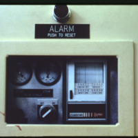 [Alarm panel showing water and steam levels]