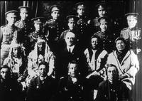 Aboriginal soldiers with others.