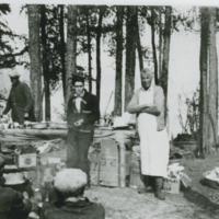 Alex Anderson cooking for forest fire brigade